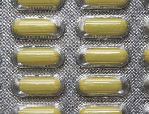 Pharmacist who sold fake pills looking to get back into business